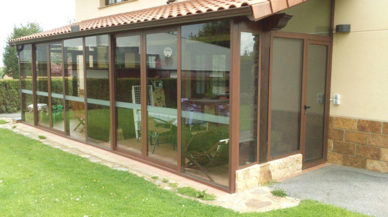 Cierres de terraza y porche for Casetas aluminio para terrazas
