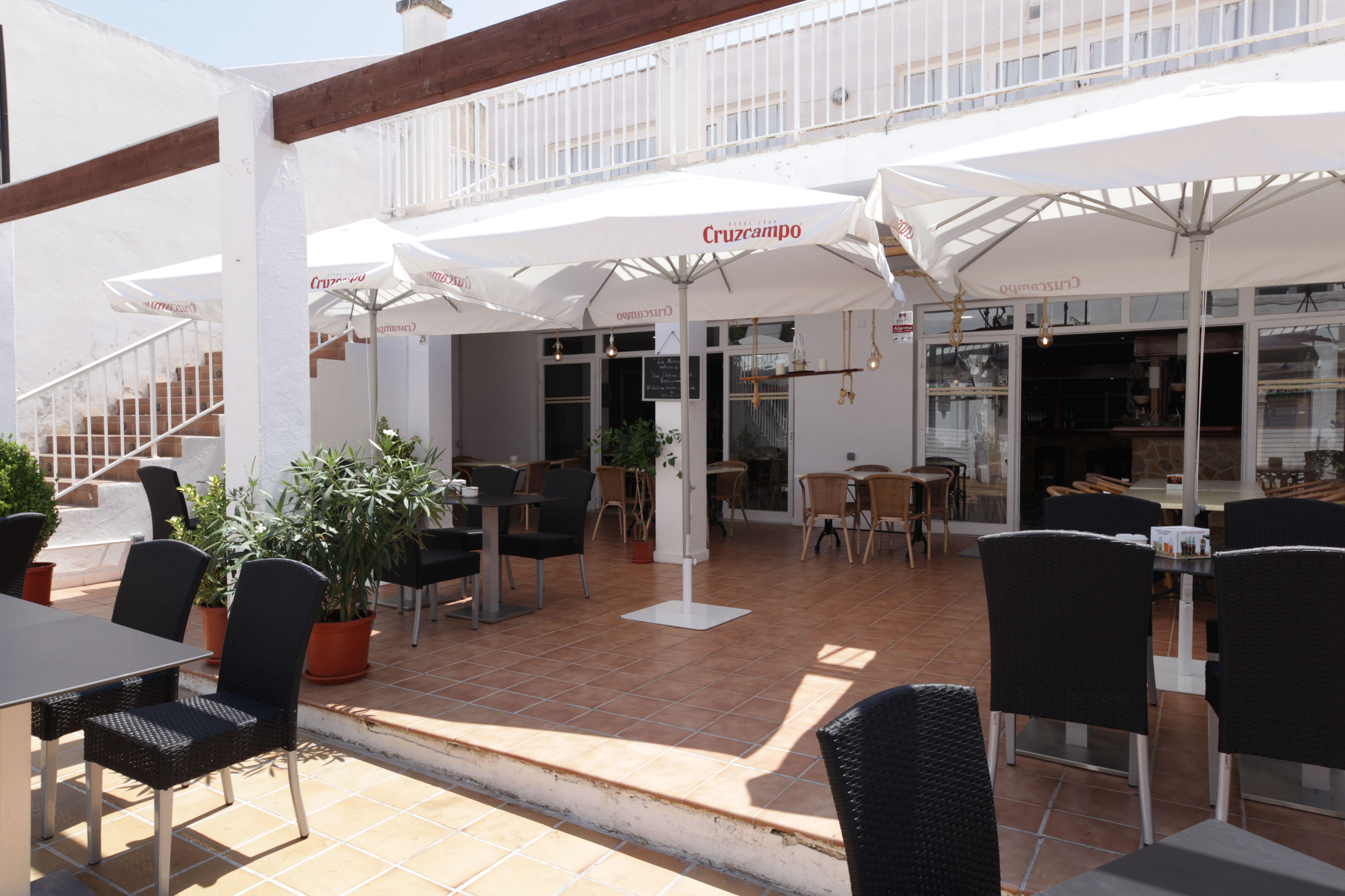 Outdoor terrace 2 Ristorante La Nassa