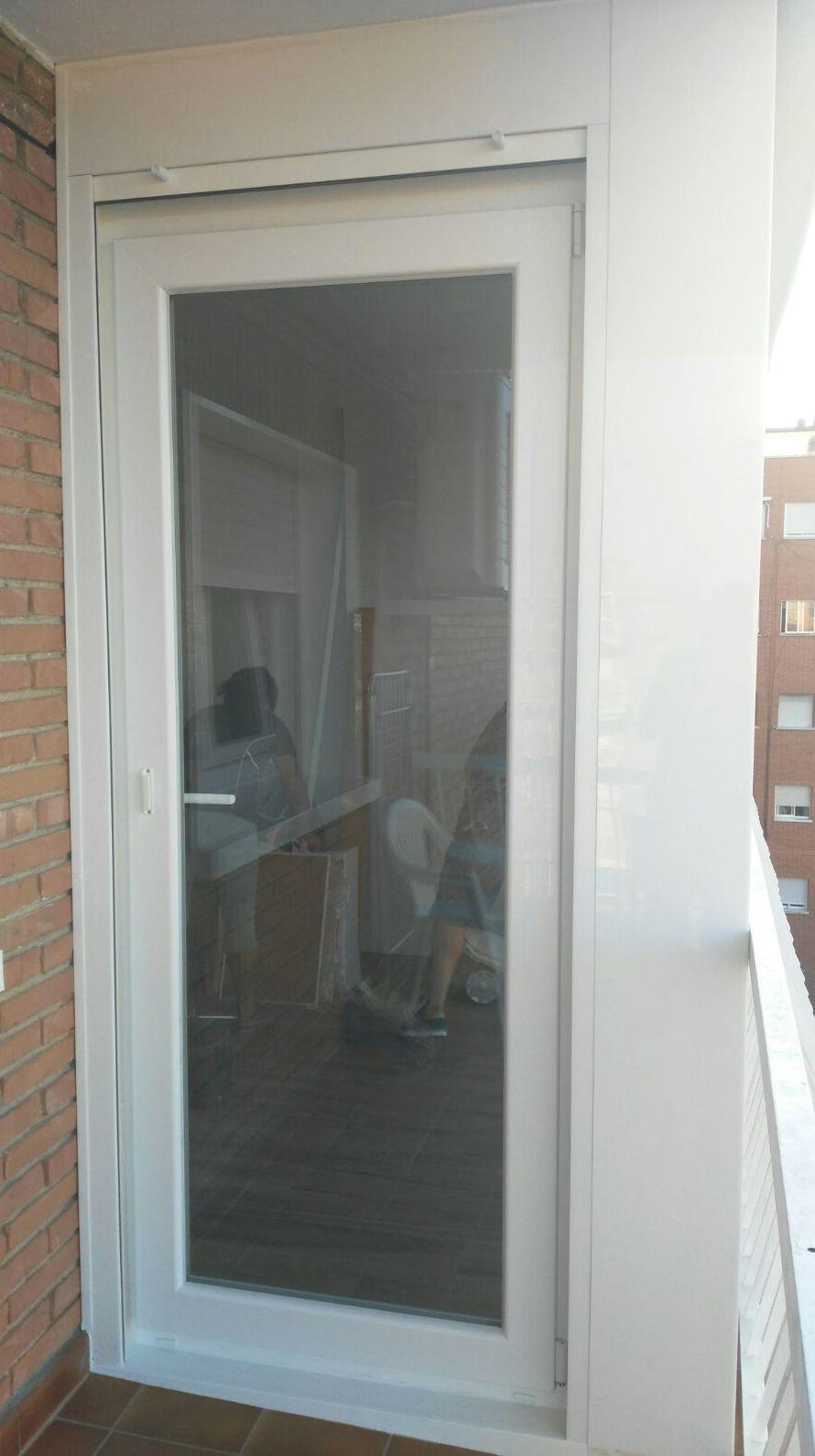 Cerramiento carpintería PVC Kommerling para terraza en Alcorcon(Madrid)