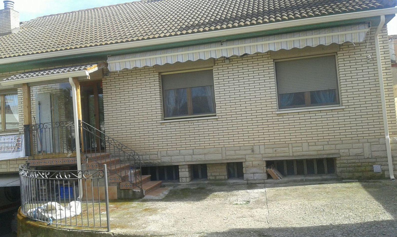 Canalones en fachada