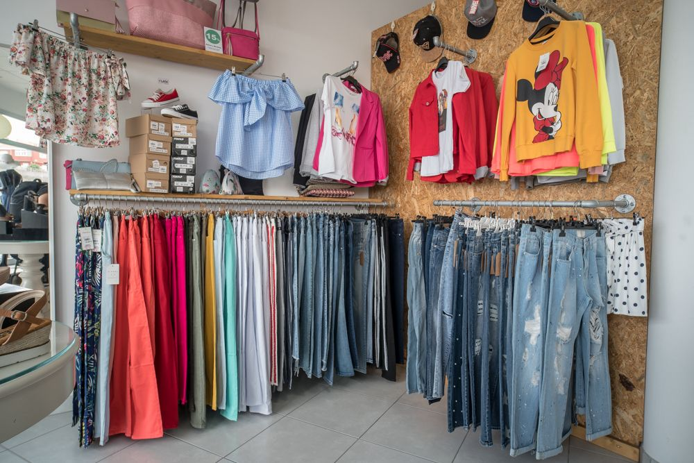 Pantalones baratos a la moda en Piletas