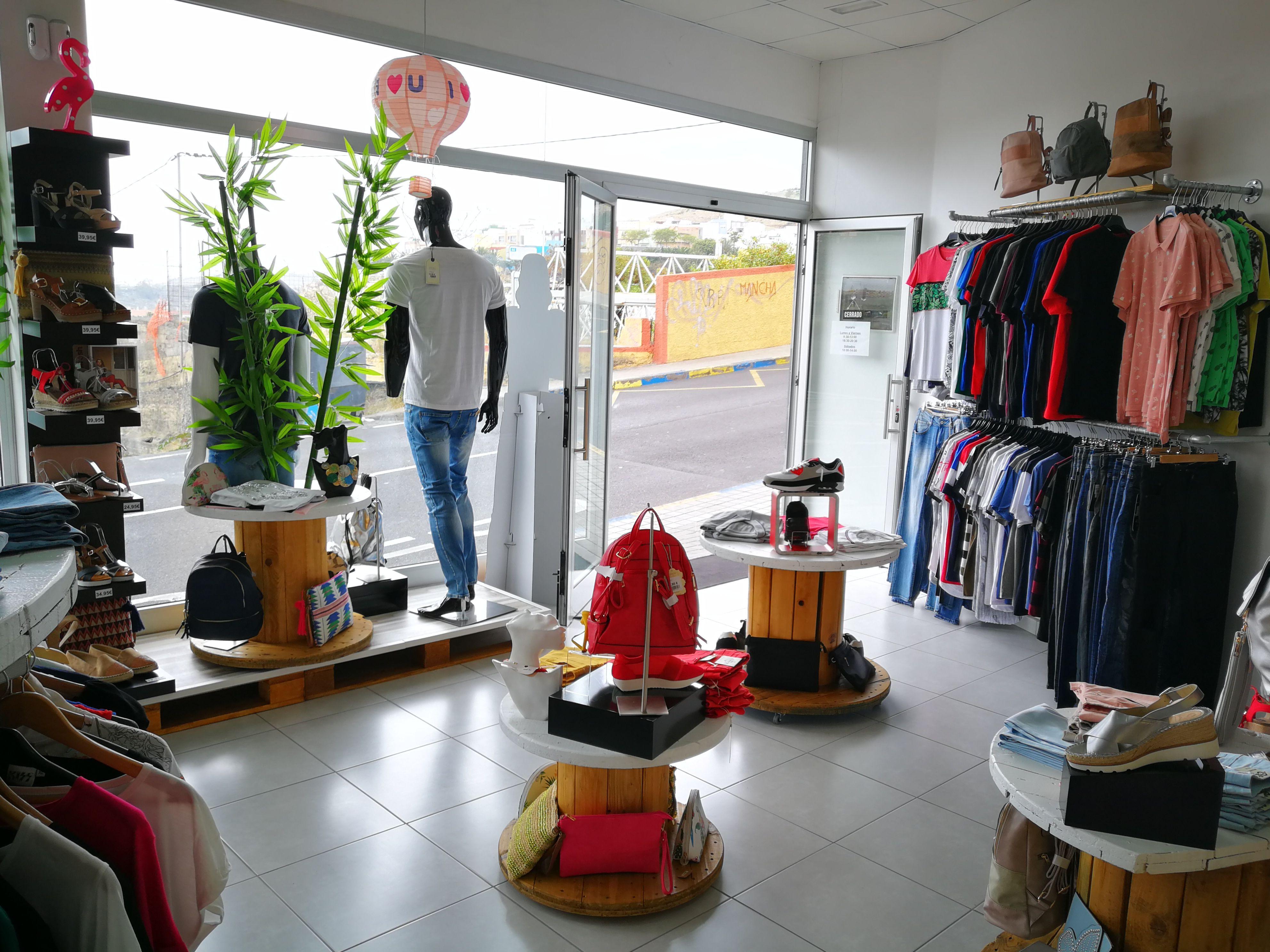Foto 25 de Moda y complementos en Piletas | Nu Closet Shop