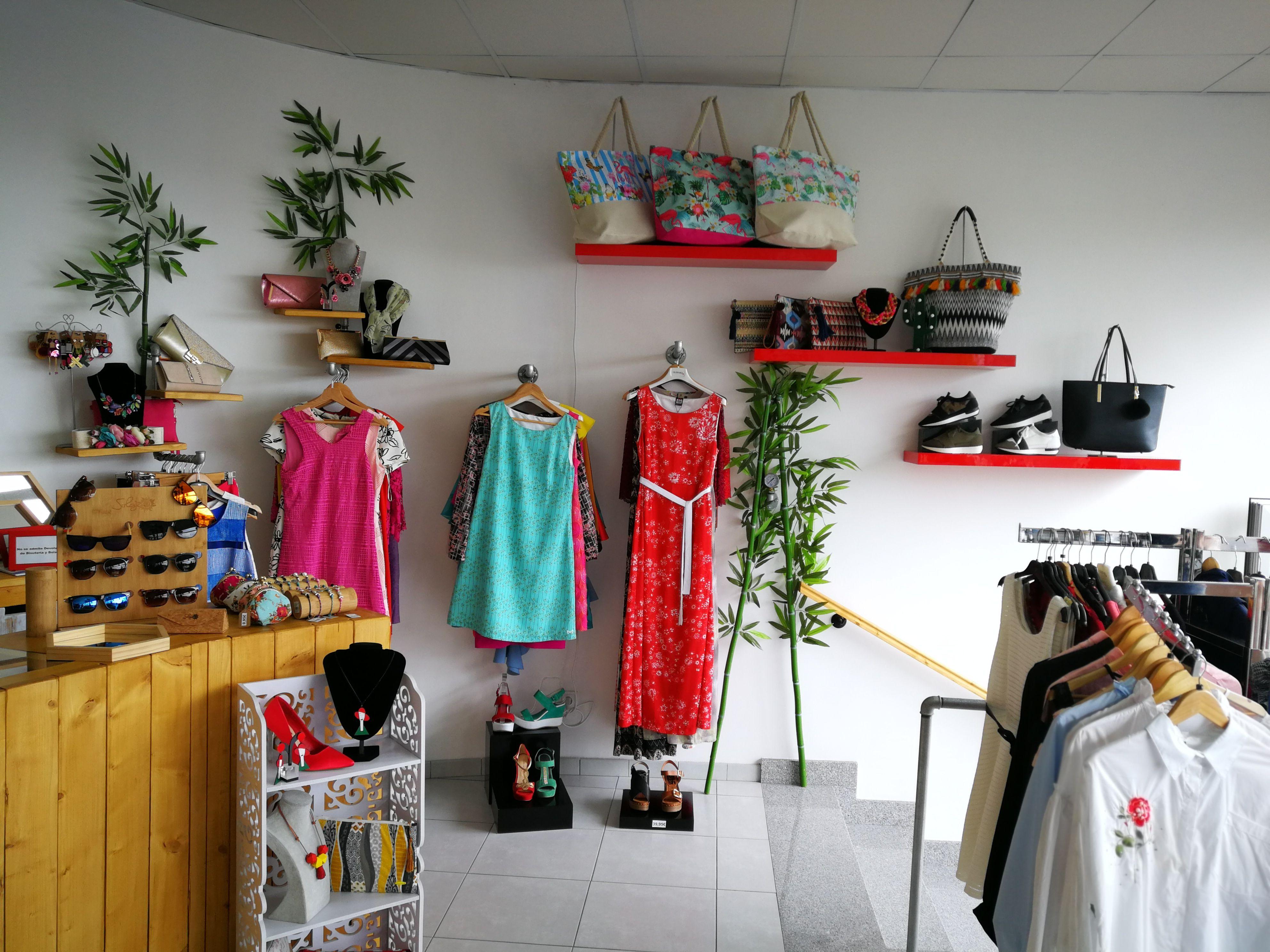 Foto 24 de Moda y complementos en Piletas | Nu Closet Shop