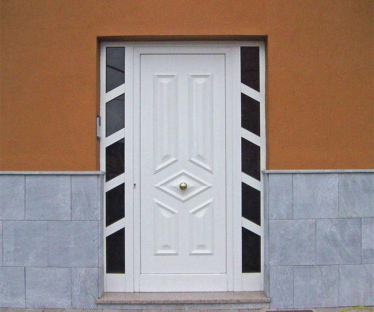 Puerta de aluminio con dos fijos