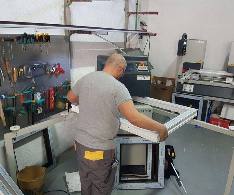Profesionales en fabricación de puertas y ventanas de aluminio