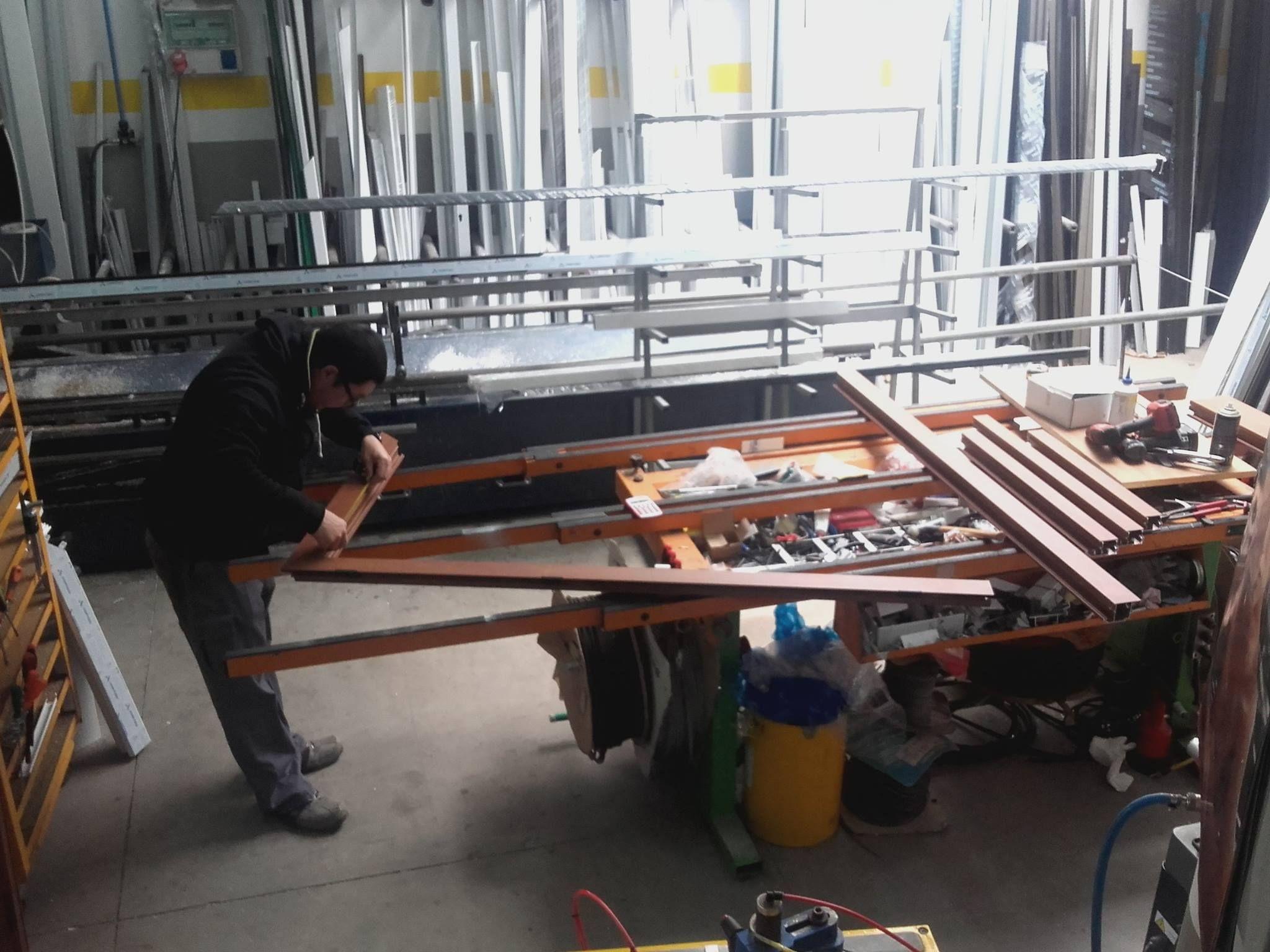 Carpintería de aluminio y PVC: Servicios de Tomás León Fernández