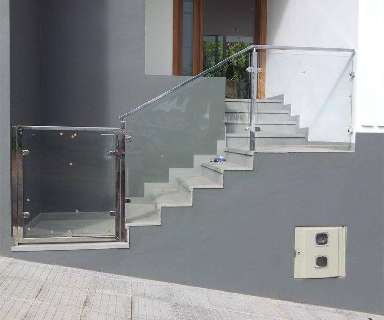 Barandilla de cristal y aluminio exterior