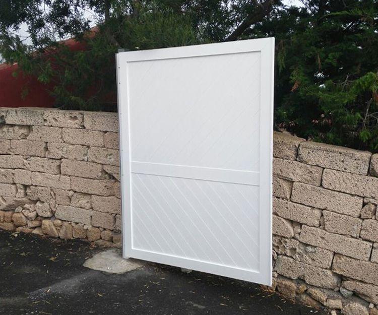 Puerta de aluminio para vivienda
