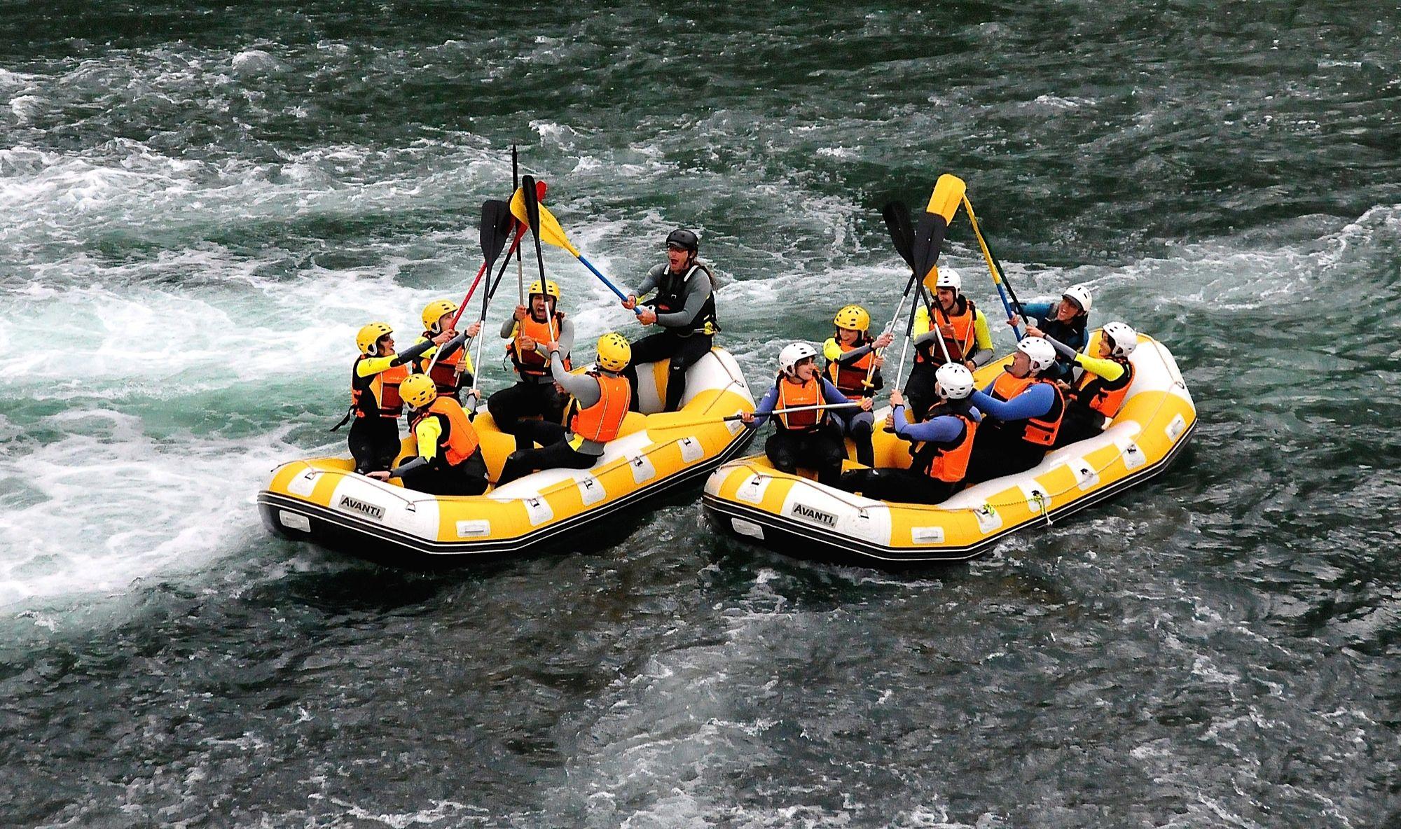 Rafting aguas bravas: Servicios de ESCAPE AVENTURA