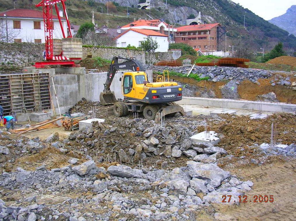 Foto 12 de Excavaciones en Castro Urdiales | Excavaciones Brazomar