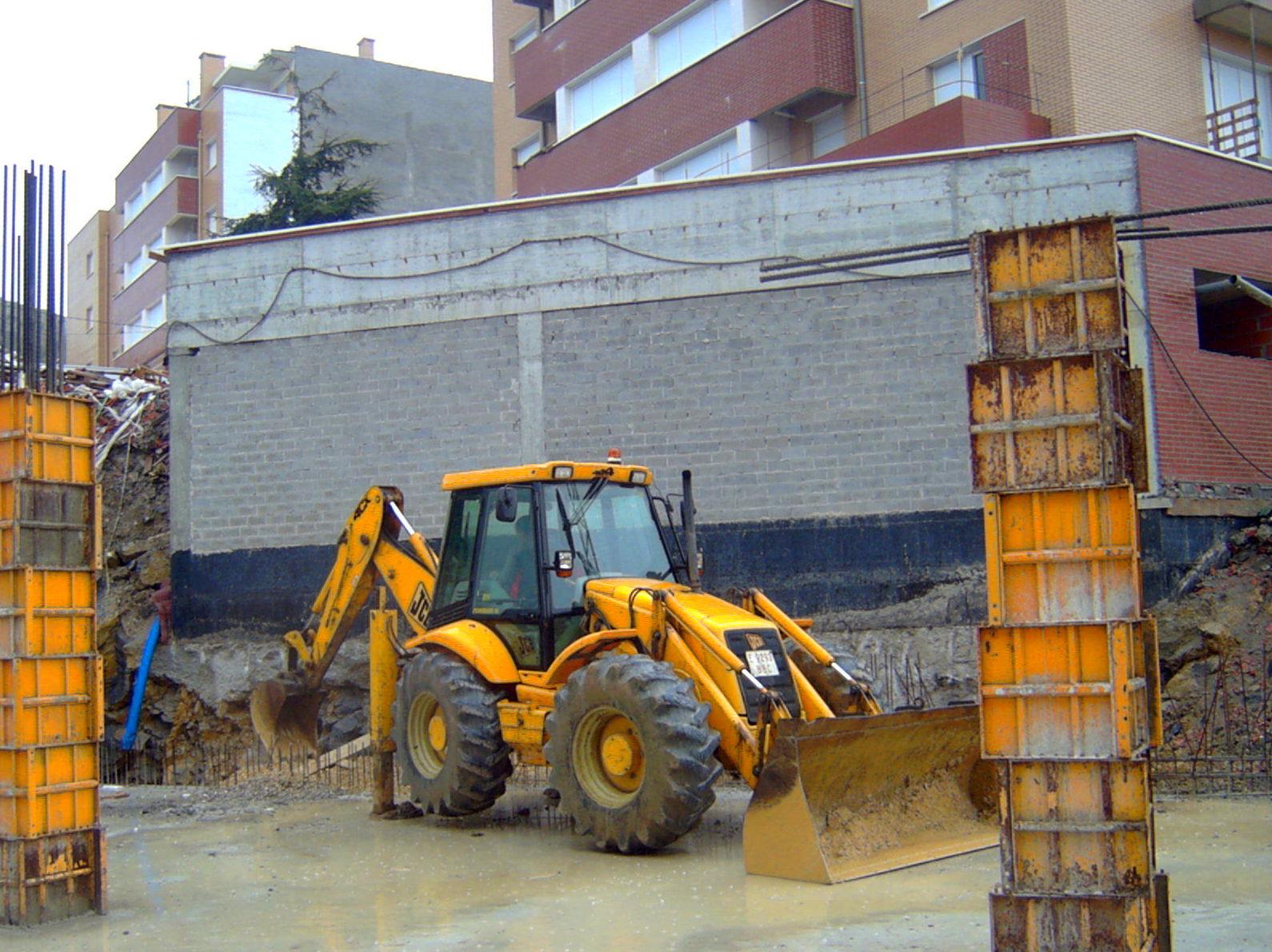 Foto 3 de Excavaciones en Castro Urdiales | Excavaciones Brazomar