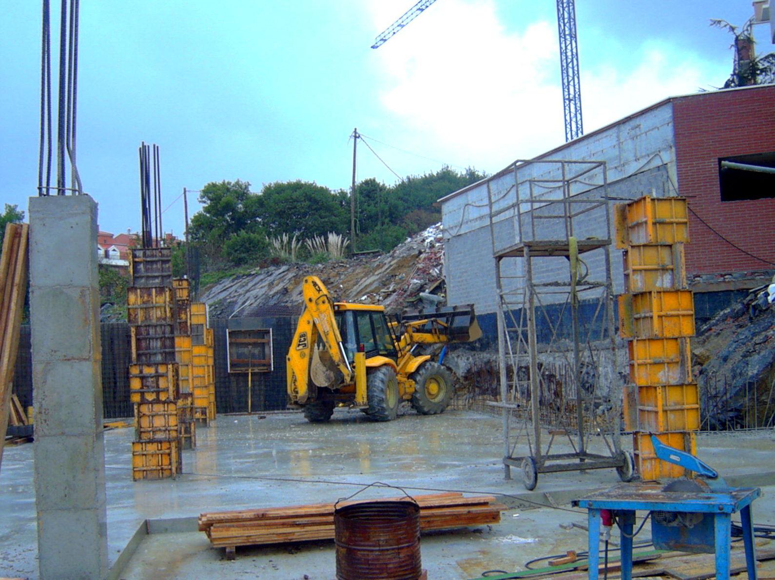 Foto 11 de Excavaciones en Castro Urdiales | Excavaciones Brazomar