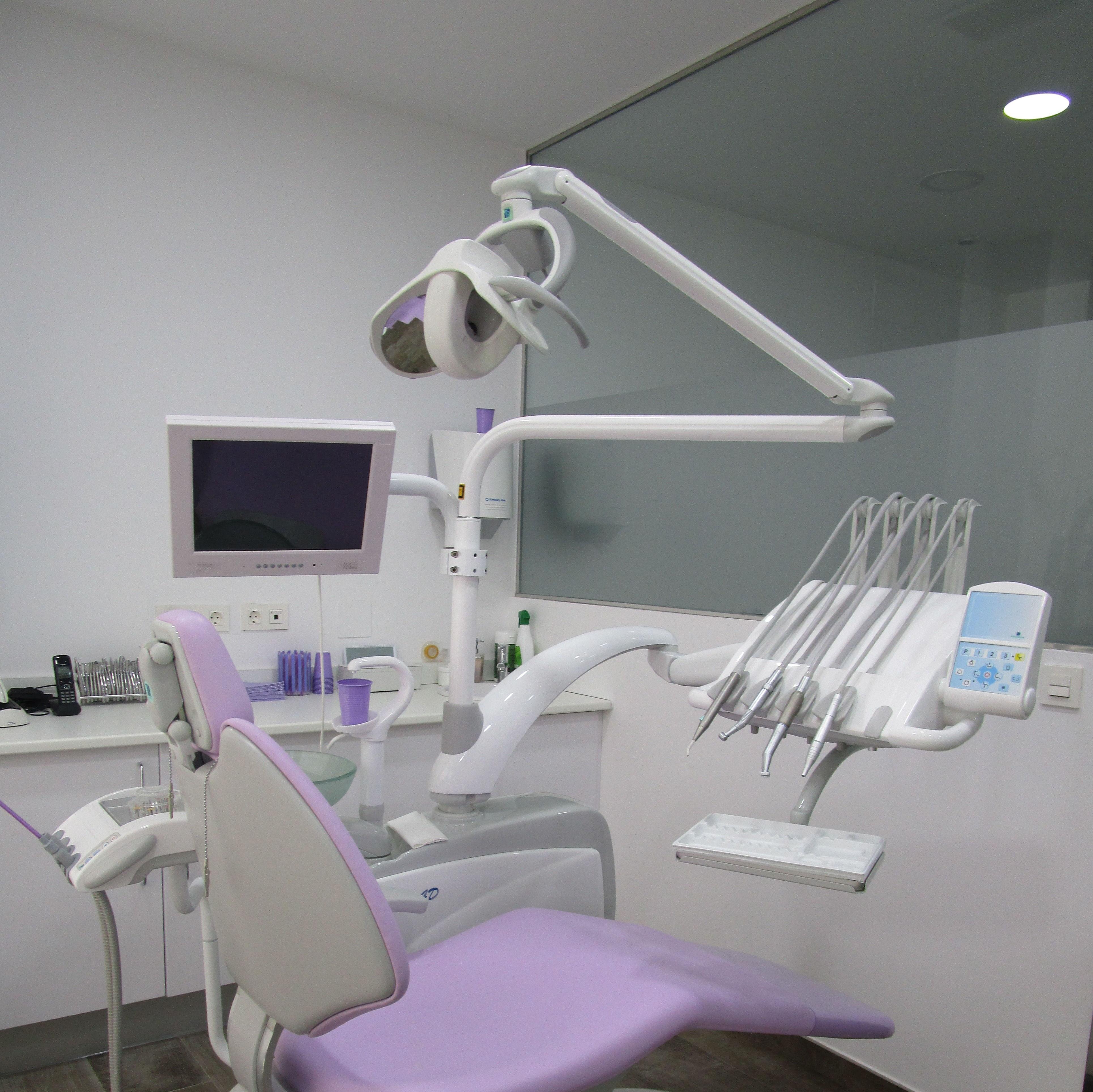 Foto 9 de Dentistas en Badajoz | Maribel Soto Vera - MS Dental