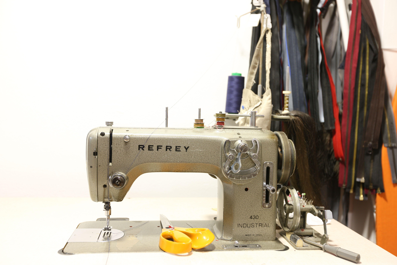 Máquina de costura Arreglos de Primera