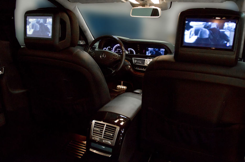 Luxury cars with driver in Madrid