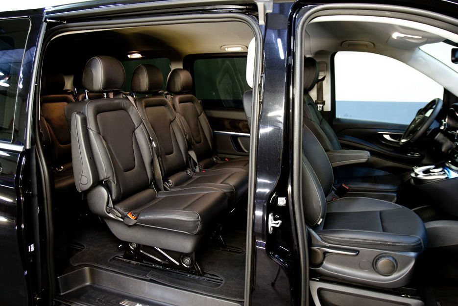 Inside  of car to rent in Madrid
