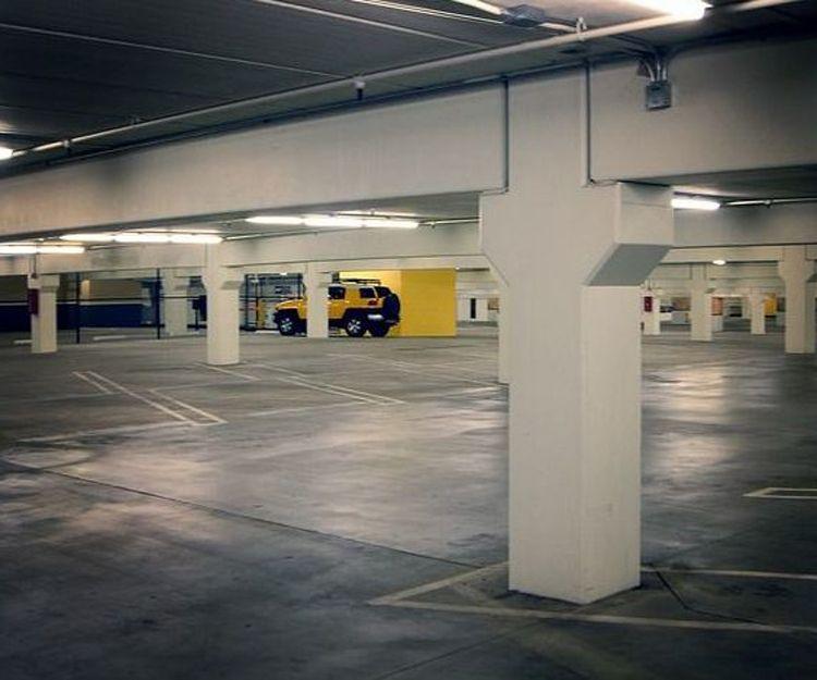 Limpieza de garajes y aparcamientos en Oviedo