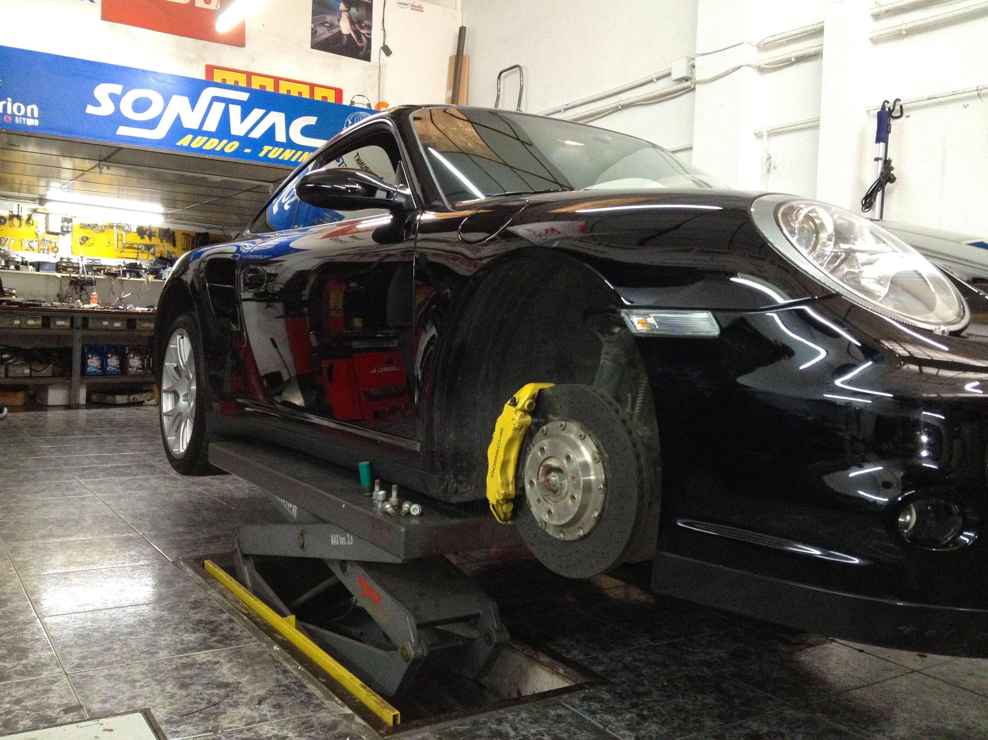Taller reparación vehículos Multimarca en Valencia