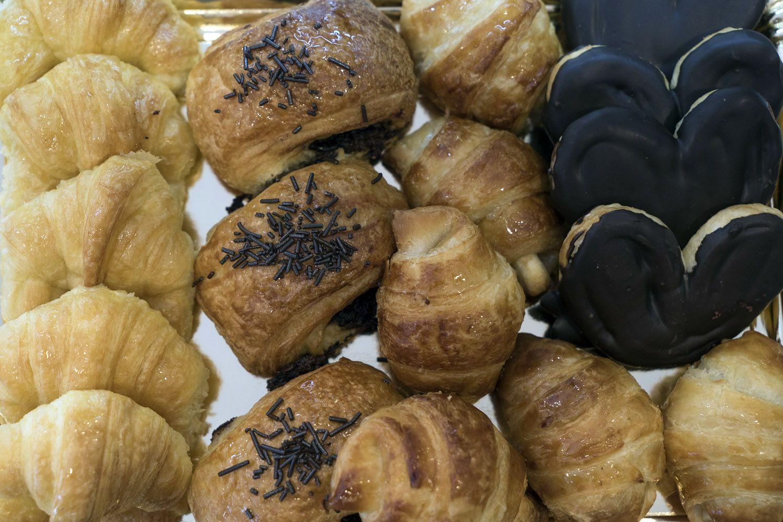 Elaboración diaria de pasteles y bollería en Durango