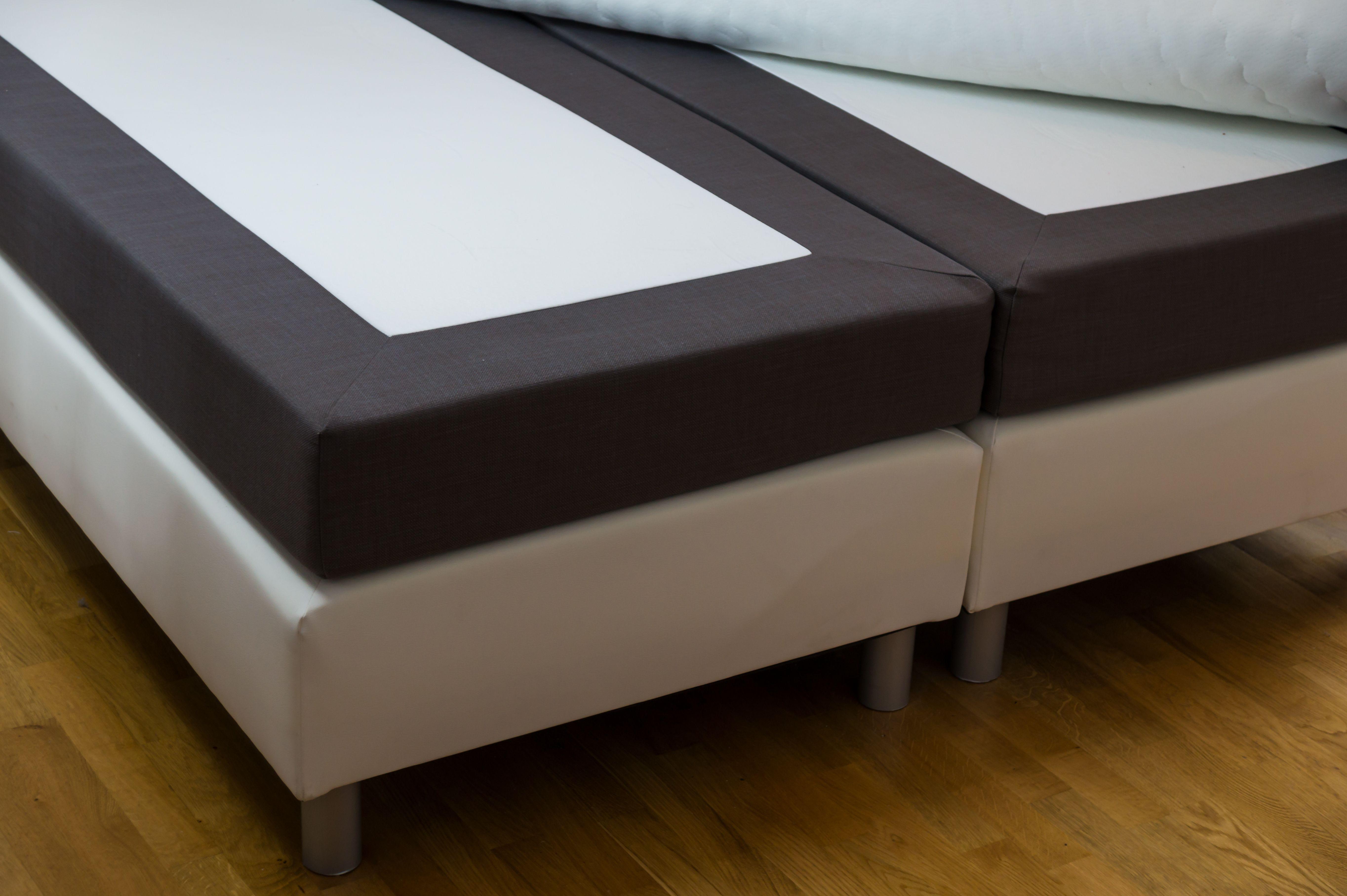 Bases tapizadas: Productos de Muebles Carro