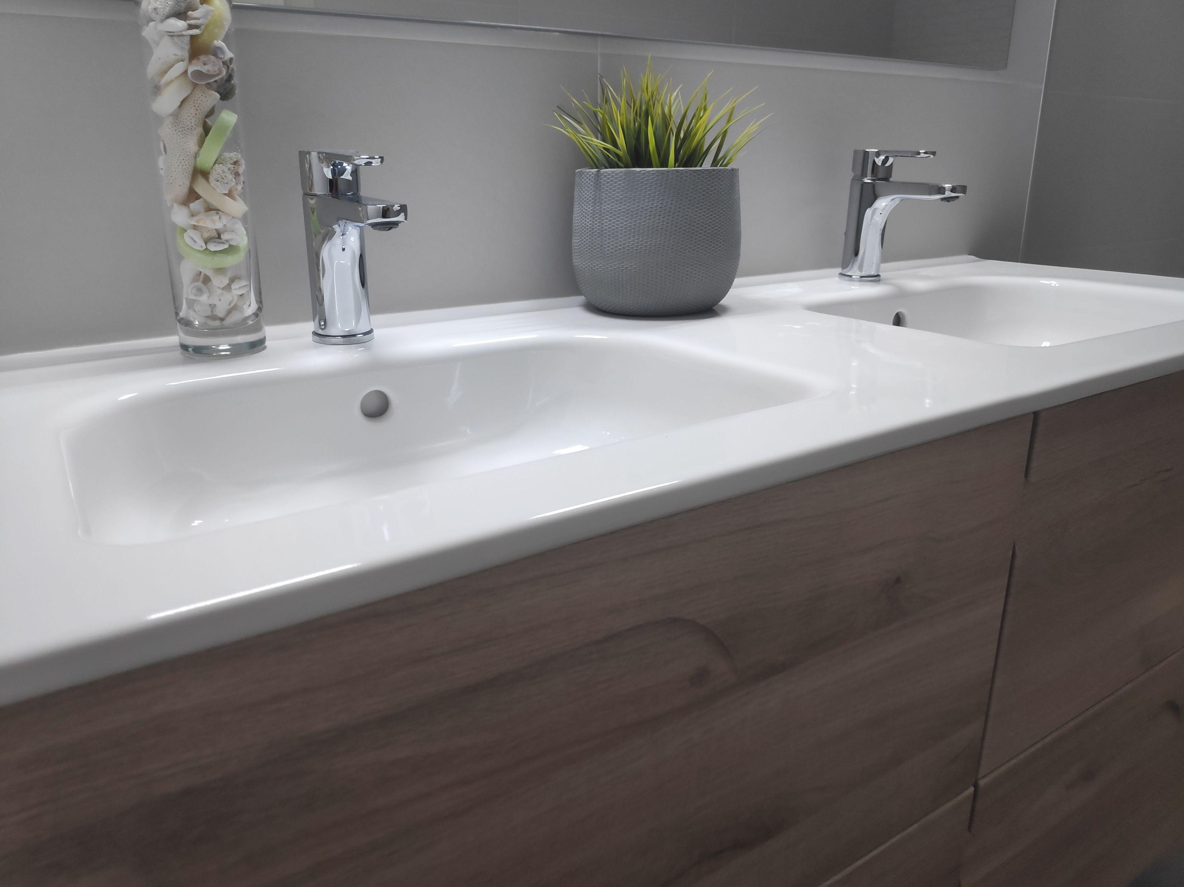 Cuartos de baño con puntos decorativos