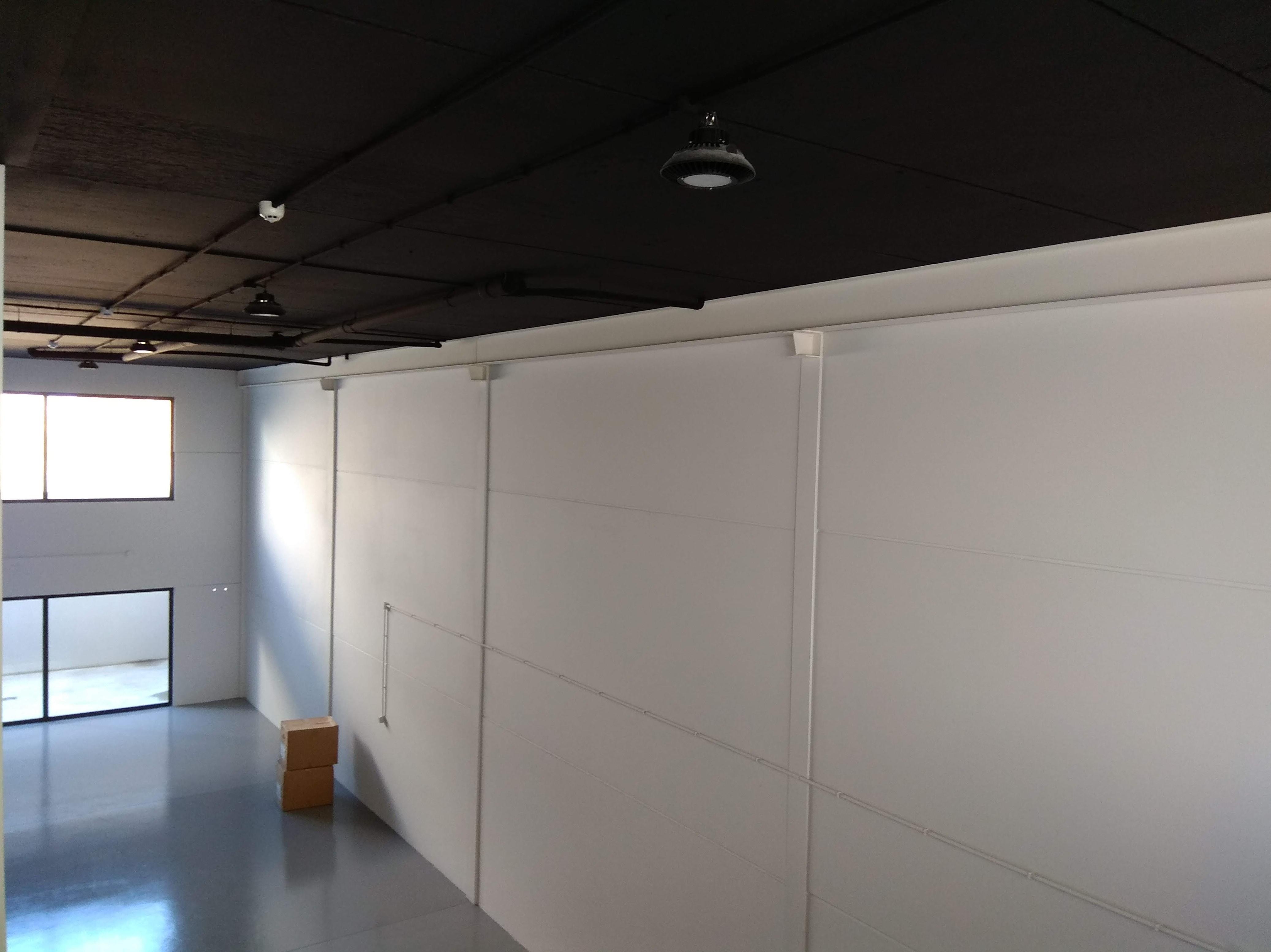 Trabajos de iluminacion y pintura en grandes superficies