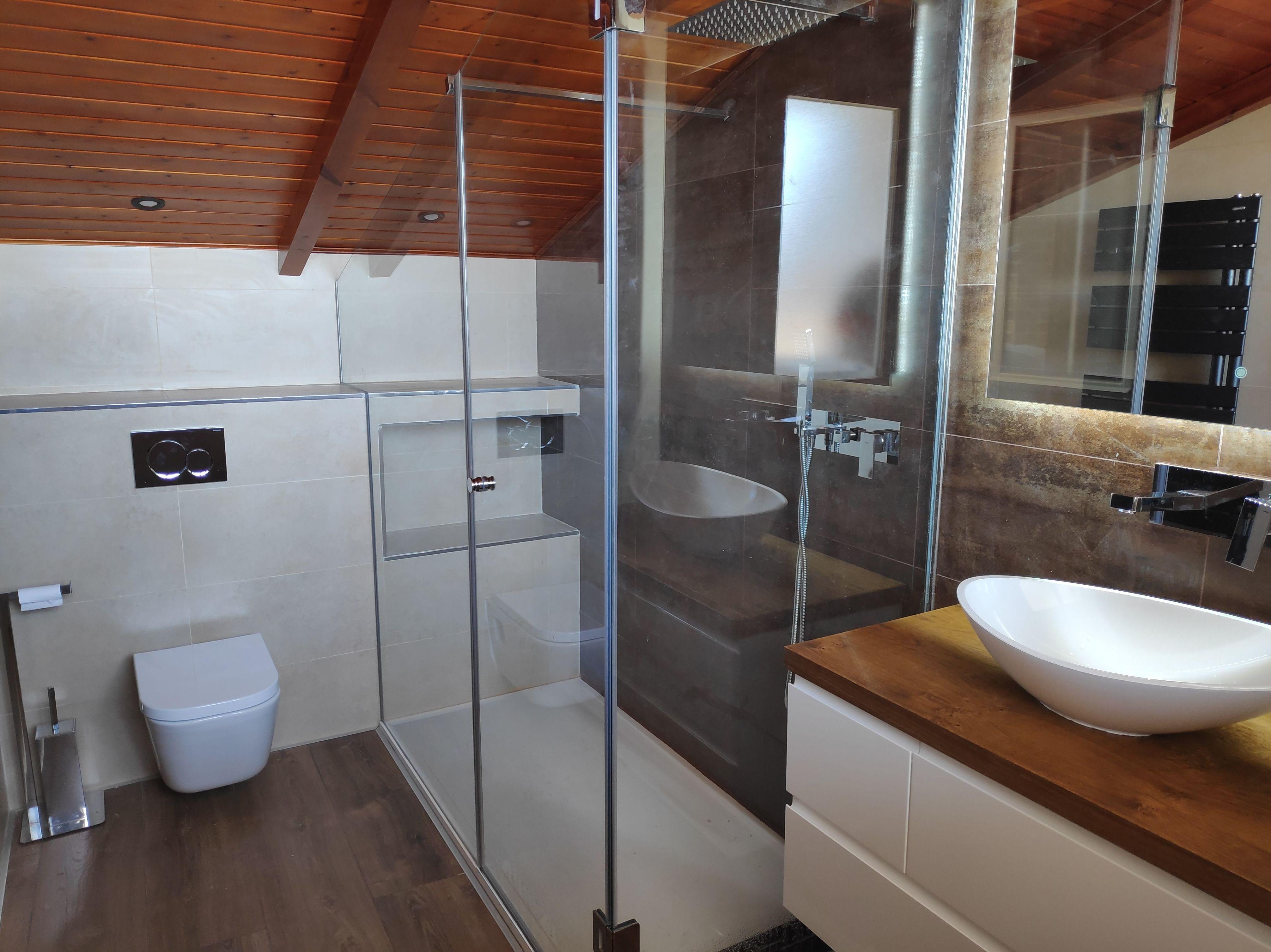 Mamparas a medida, baños totalmente personalizados