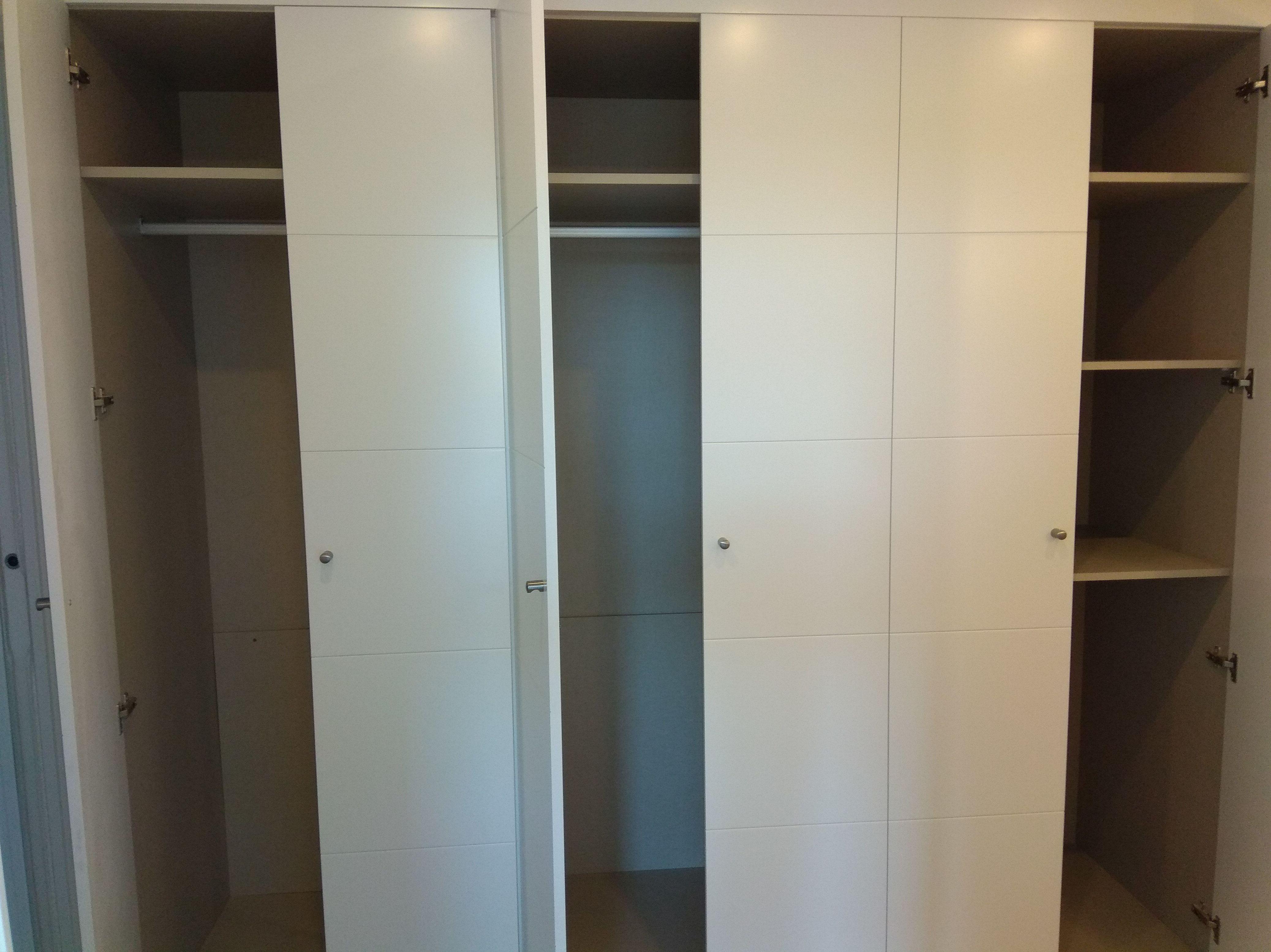 Interior de armarios a gusto y peticion del cliente