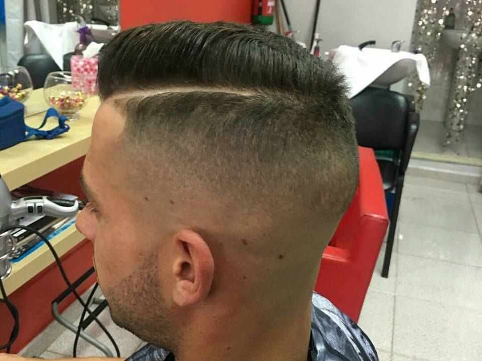 Peluquería caballero: Servicios de Peluquería Barbería Agustina