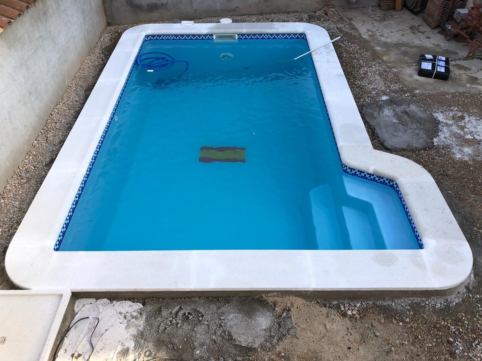 Foto 76 de Instalación de piscinas en  | Bordes de Piscinas J. Antonio Alonso
