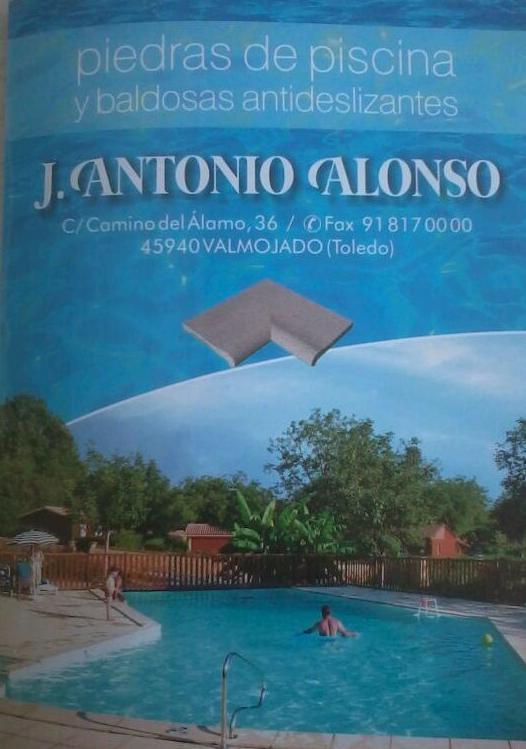 Piedras y Baldosas : Productos y Servicios de Bordes de Piscinas J. Antonio Alonso