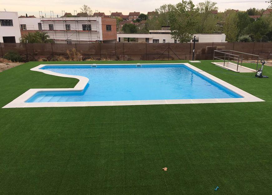 Bordes para piscinas en Toledo