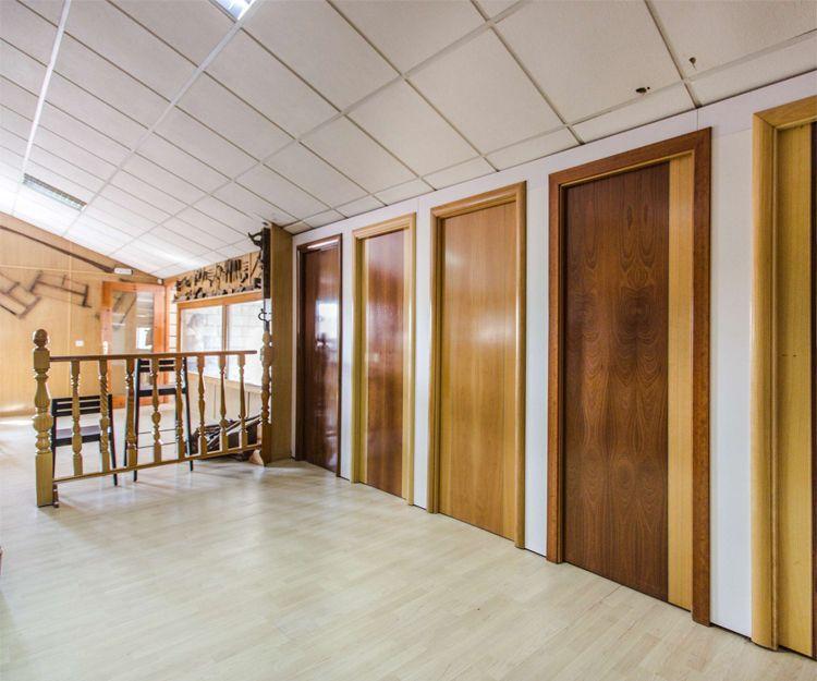 Puertas de madera en Cáceres