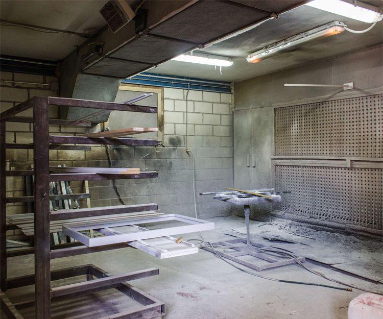 Interior de nuestra carpintería y ebanistería en Cáceres