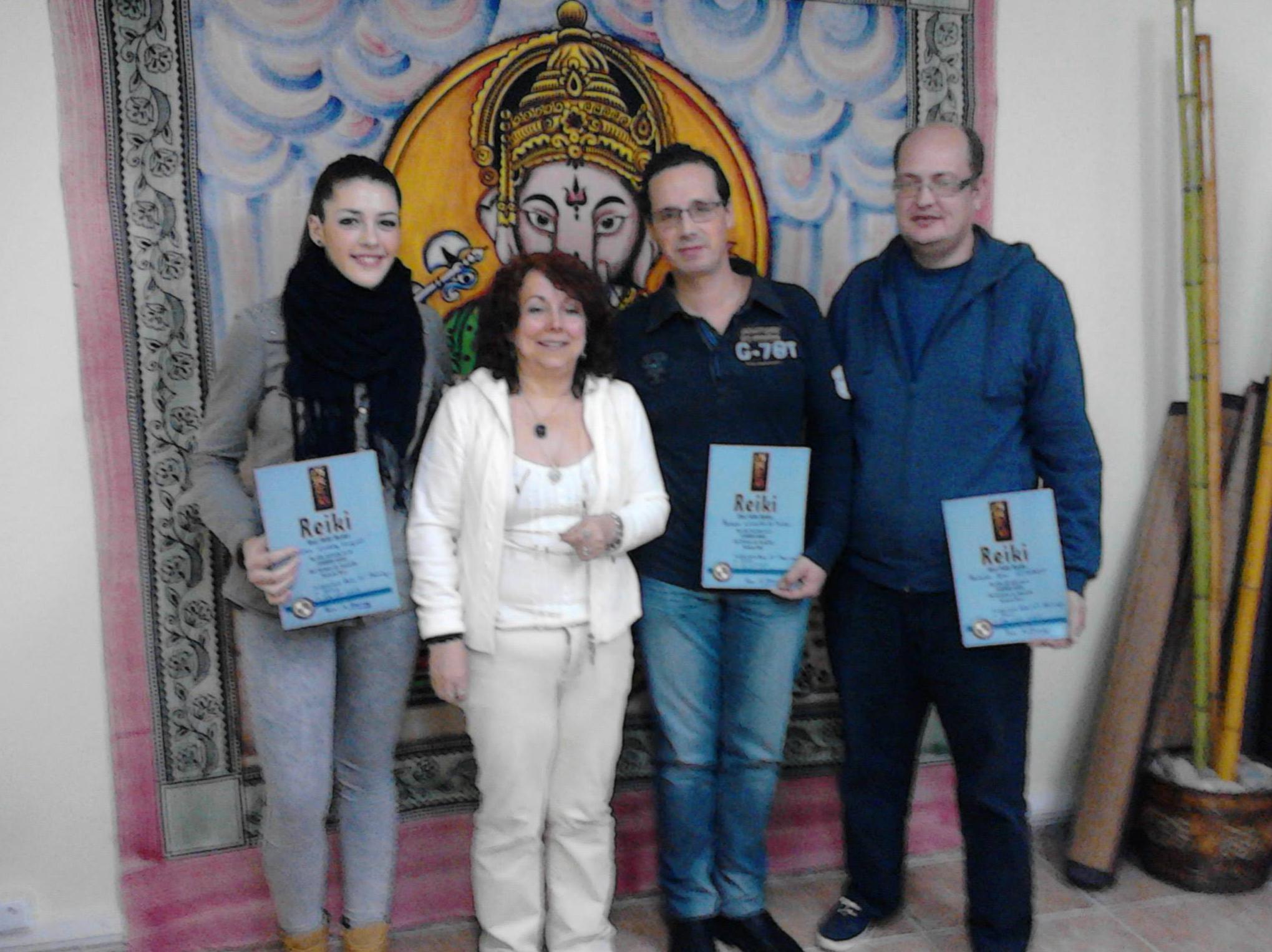 Último curso realizado de Reiki Usui Tibetano por la maestra Rosa Maria
