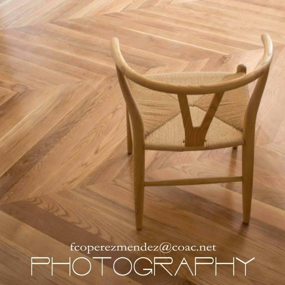 Silla Wishbone CH24 de Carl Hansen.  Proyecto FPMARQUITECTURA   Sitges  Barcelona