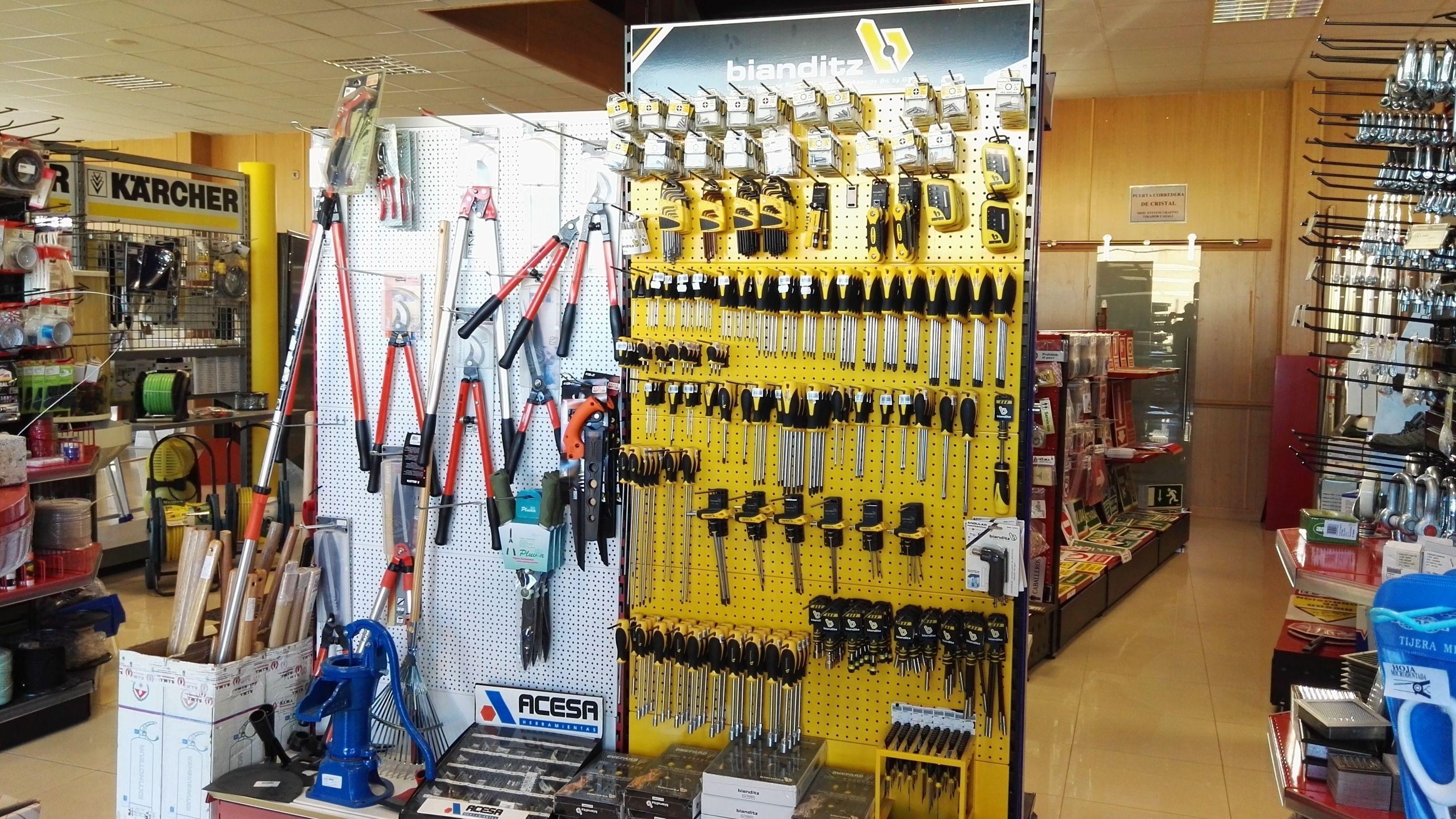 Herramientas para la construcción: Productos y Servicios de S.I.M.I. Seguridad