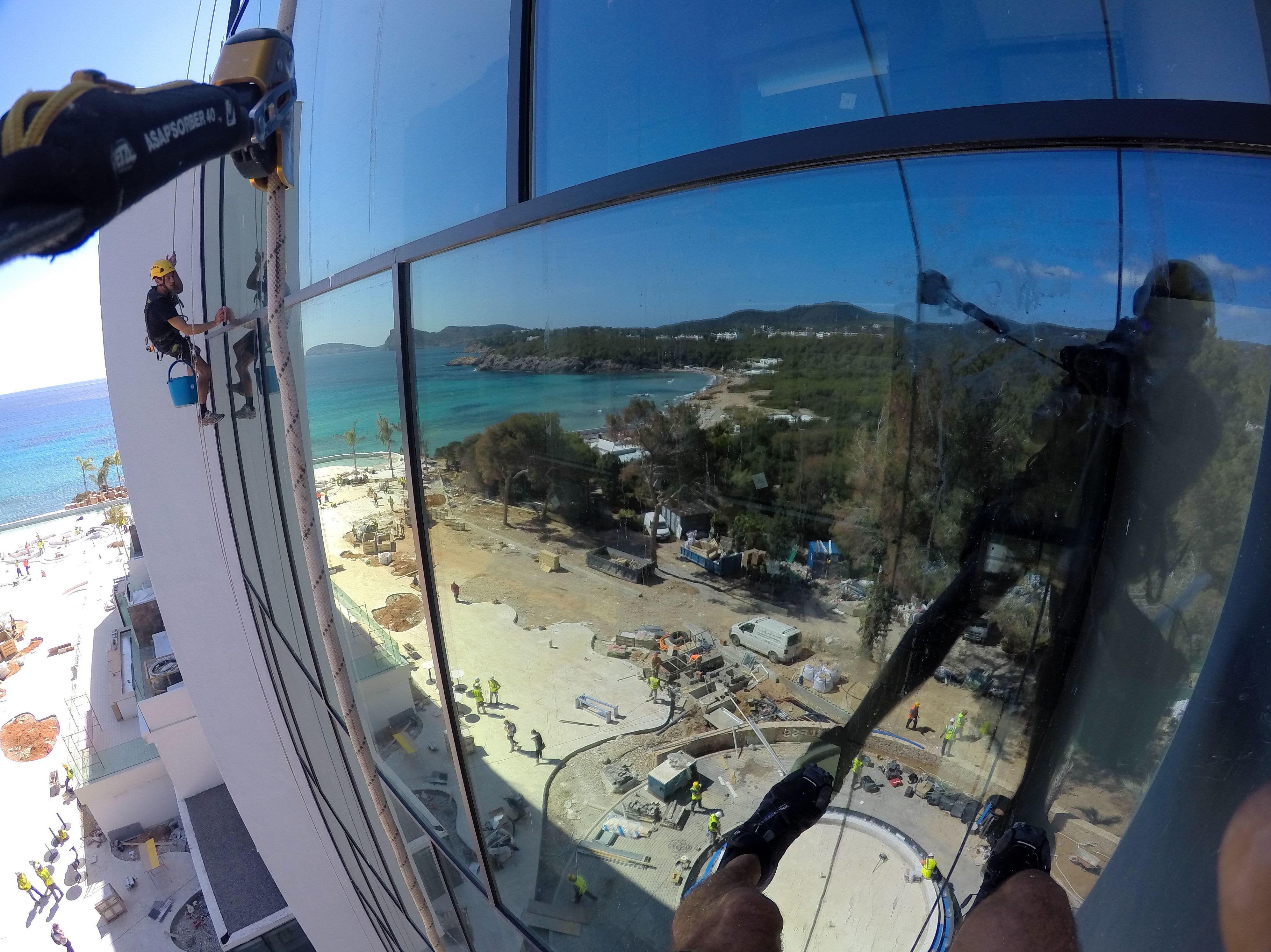 Foto 4 de Trabajos verticales en  | Vertical Ibiza