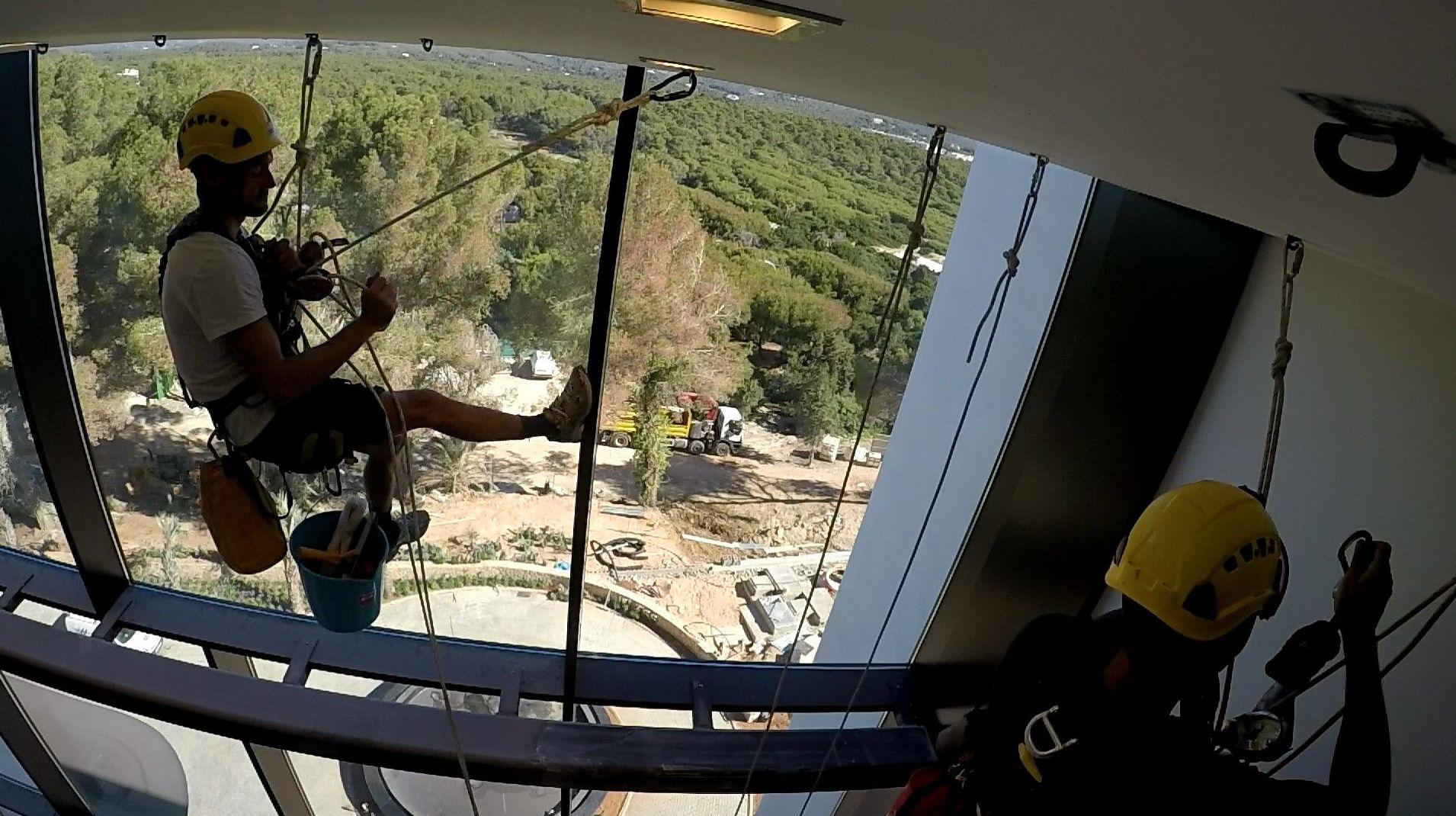 Foto 3 de Trabajos verticales en  | Vertical Ibiza