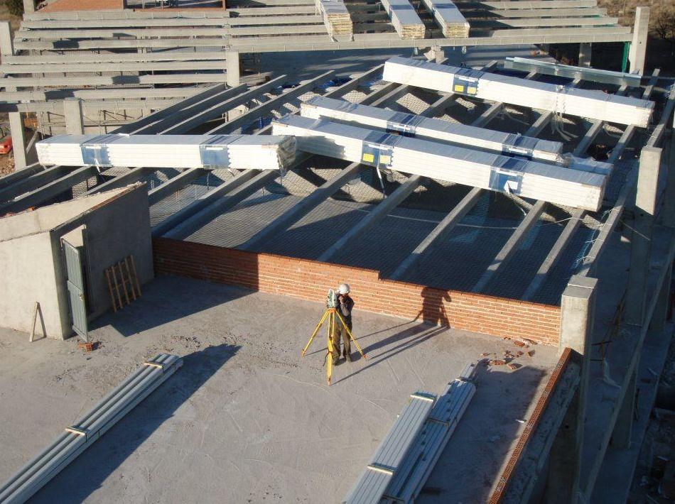 Proyectos y obras de líneas eléctricas y telefónicas: Servicios de Estopcar Ciudad Real, S.L.