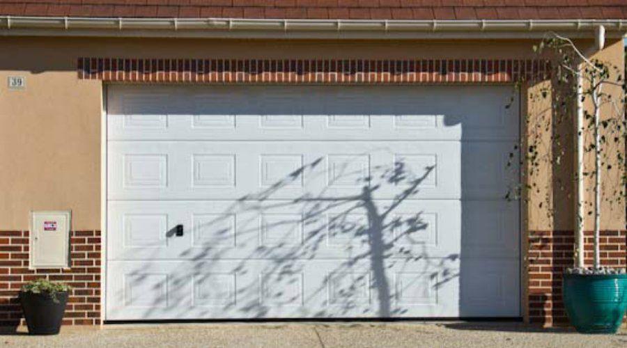 Puertas metálicas: Servicios de Soluciones al Instante