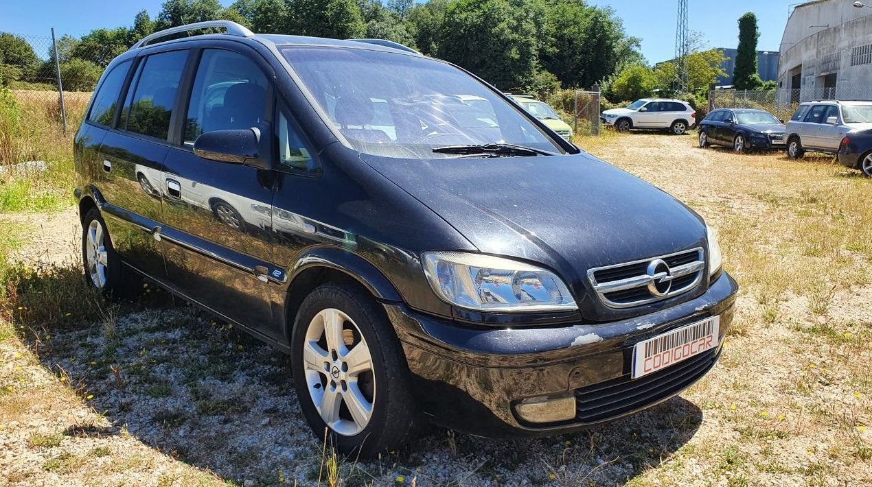 OPEL ZAFIRA 2.0DTI 16V 100CV 7PLAZAS ¡¡ AUTOMATICO!!: Compra venta de coches de CODIGOCAR