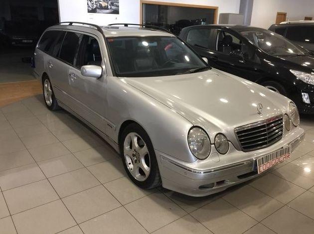MERCEDES-BENZ Clase E E 320 CDI AVANTGARDE: Compra venta de coches de CODIGOCAR