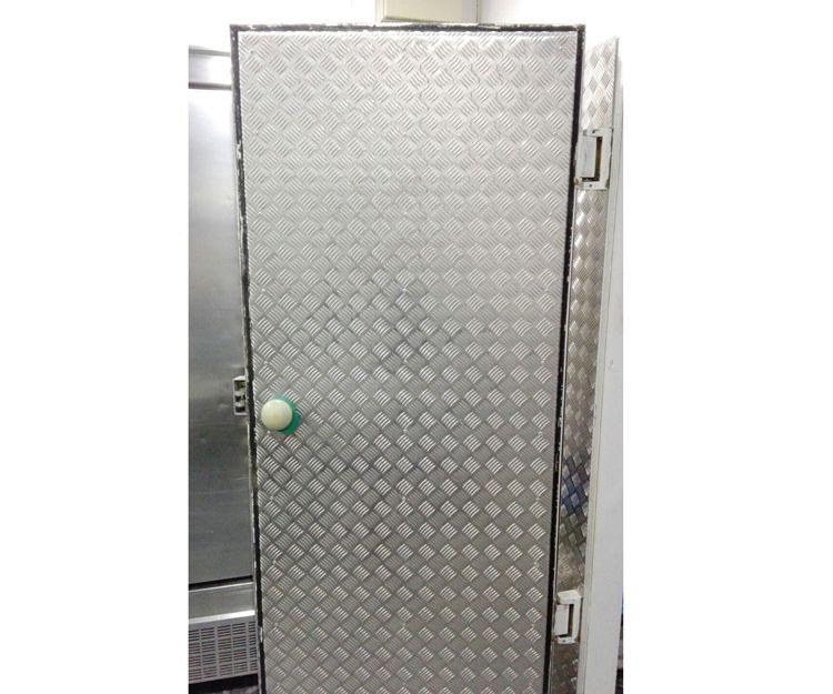 Instalación de puertas de aluminio en Algeciras