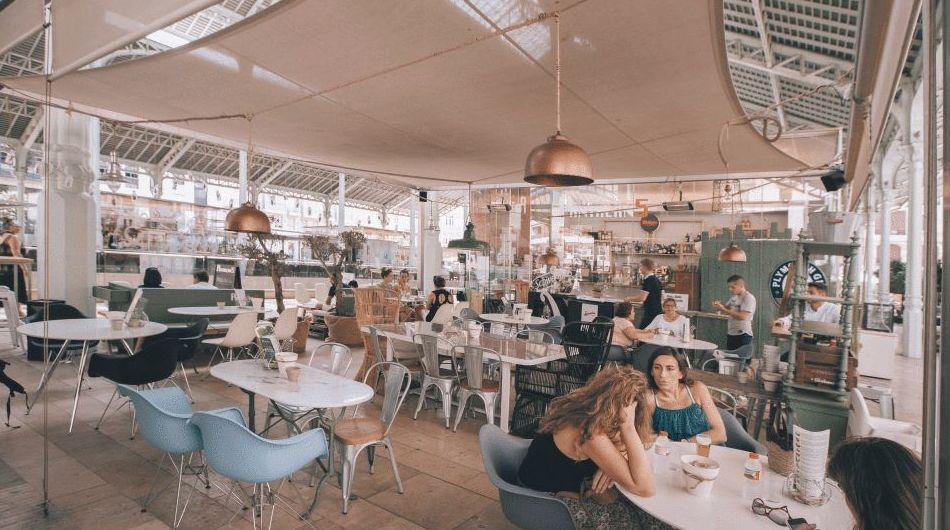 Patalán Nº5, cafetería en el mercado de Colón, Valencia