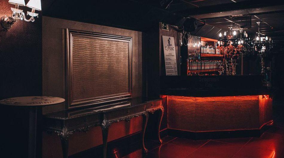 Golden Club, pubs en Valencia