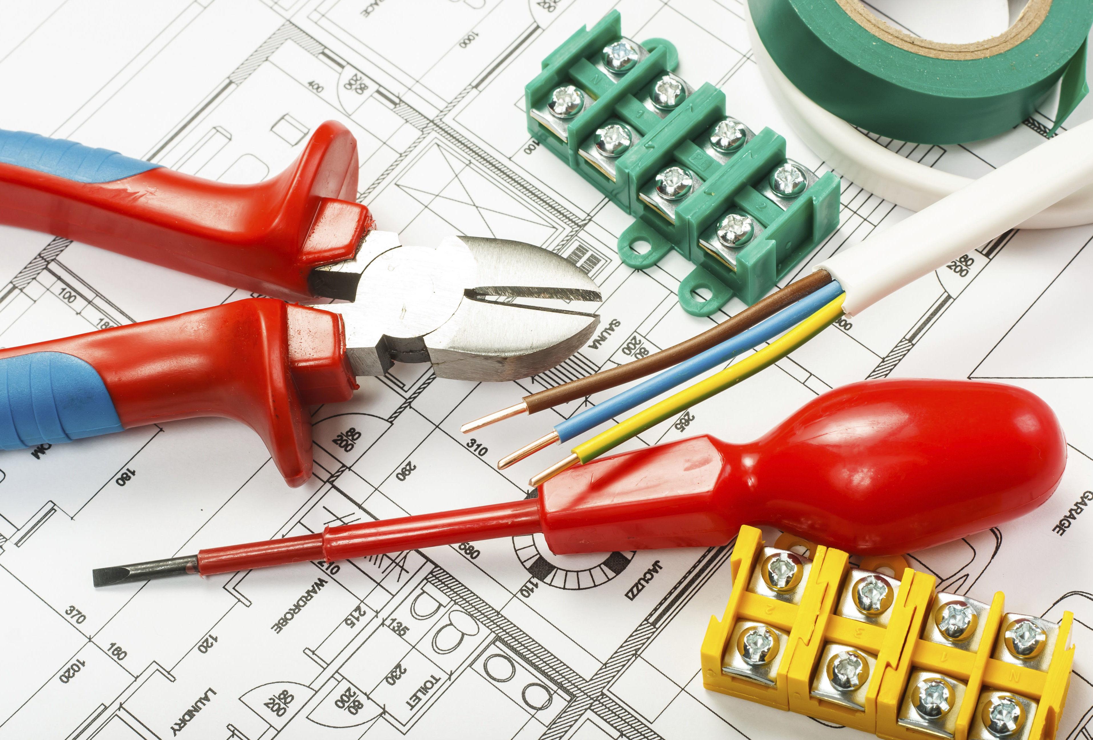 Electricidad: Servicios de Decortarima