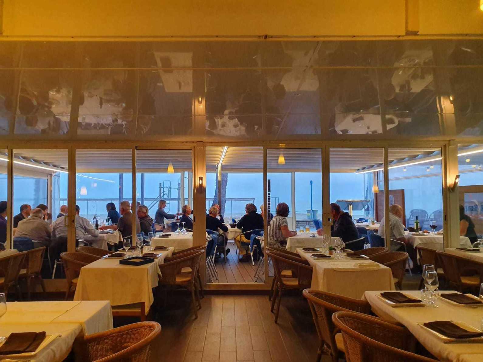 Foto 1 de Cocina marinera en  | Restaurante Delfín