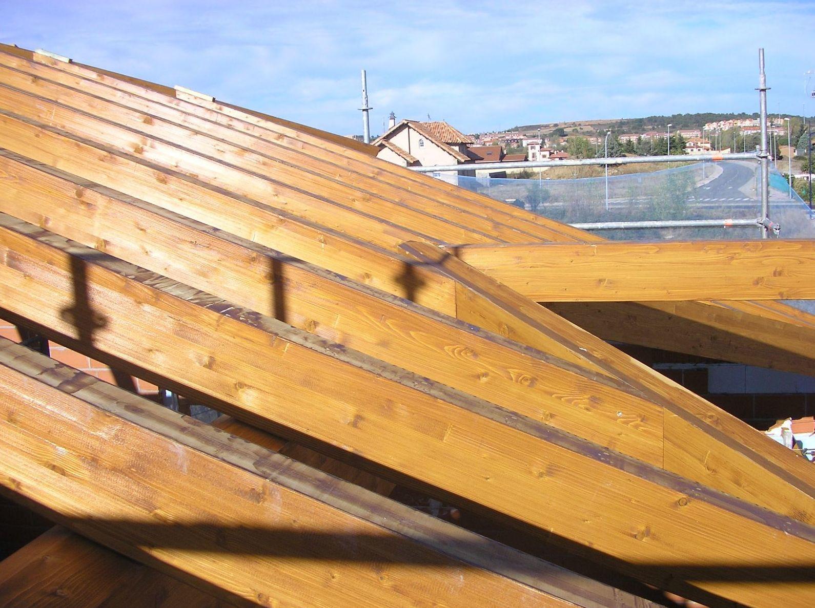 Renovación de vigas en tejado