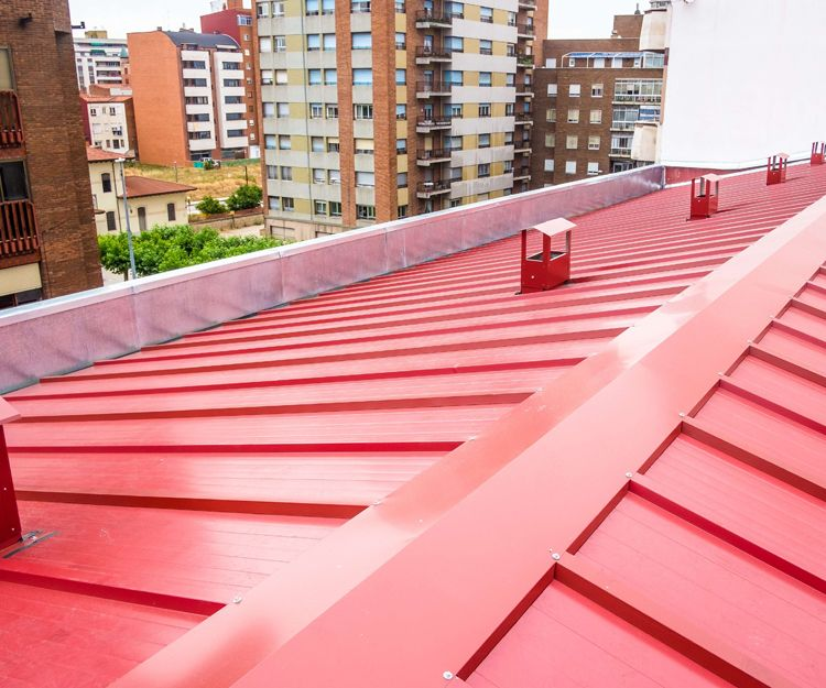 Trabajos de reforma de cubiertas en León
